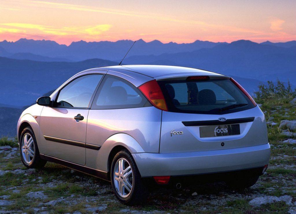 Spolehlivé auto do 50 000 Kč - Ford Focus Mk1 - Newmag