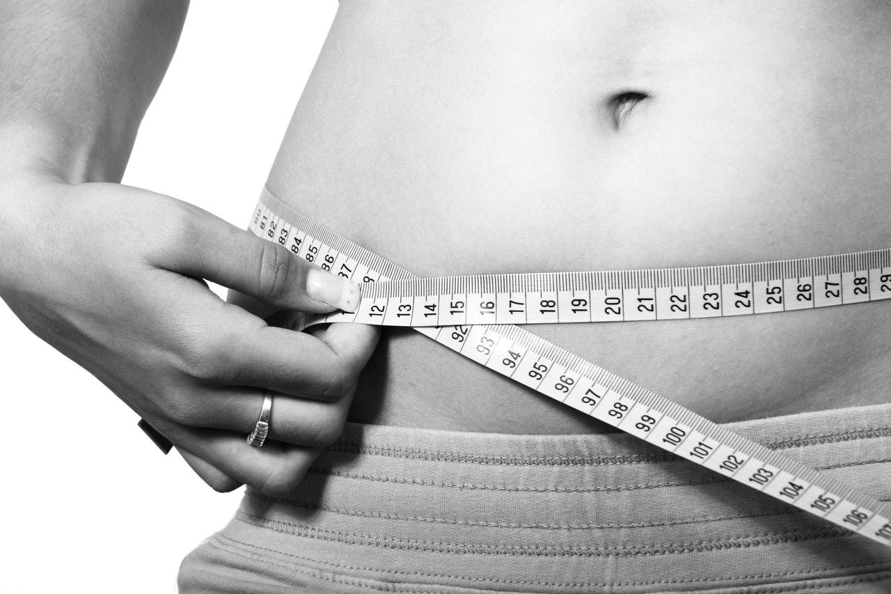 10 efektivních tipů jak se zbavit břišního tuku