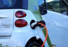 Kde ve světě mají elektromobily největší podporu a jak si vede ČR
