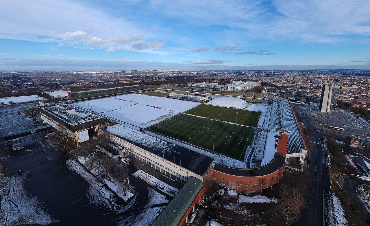 Legendární a chátrající Strahovský stadion
