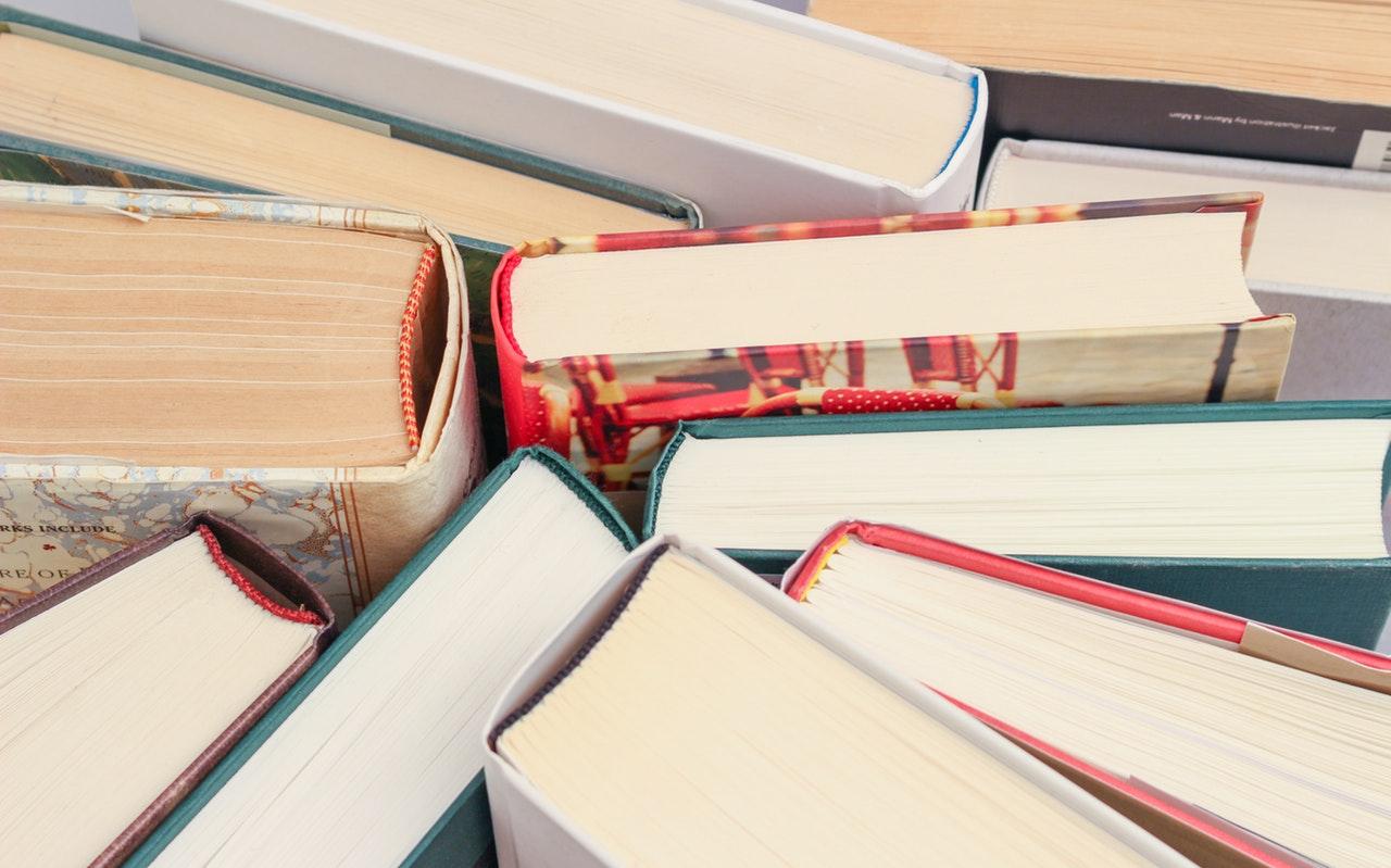 Co plánujete číst za knihy v únoru?