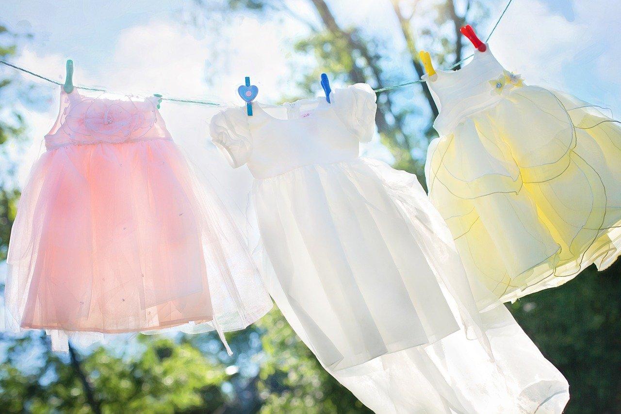Jak odstranit běžné skvrny z textilií i jiných materiálů